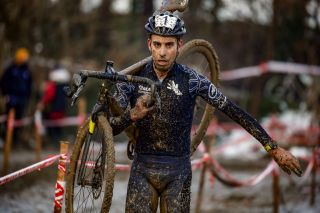 Fabio Aru in cyclo-cross action with Qhubeka Assos