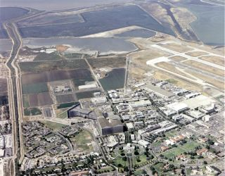A view from the air shows the NASA Ames Research Center.