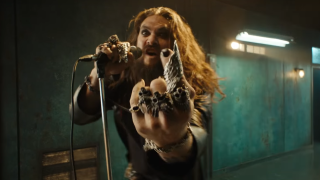 """I look like Big Captain Jack Sparrow,"" says Momoa in behind-the-scenes footage of Ozzy video"