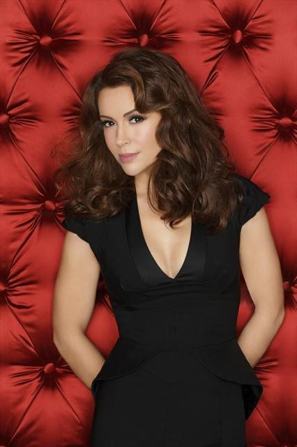 Alyssa Milano, Yunjin Kim And The Rest Of The Mistresses Cast Pose For Glamorous Photos #25949