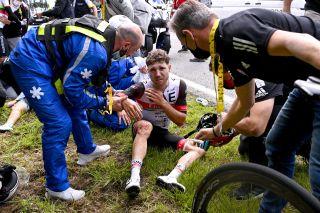Marc Hirschi separates shoulder in stage 1 crash at the Tour de France