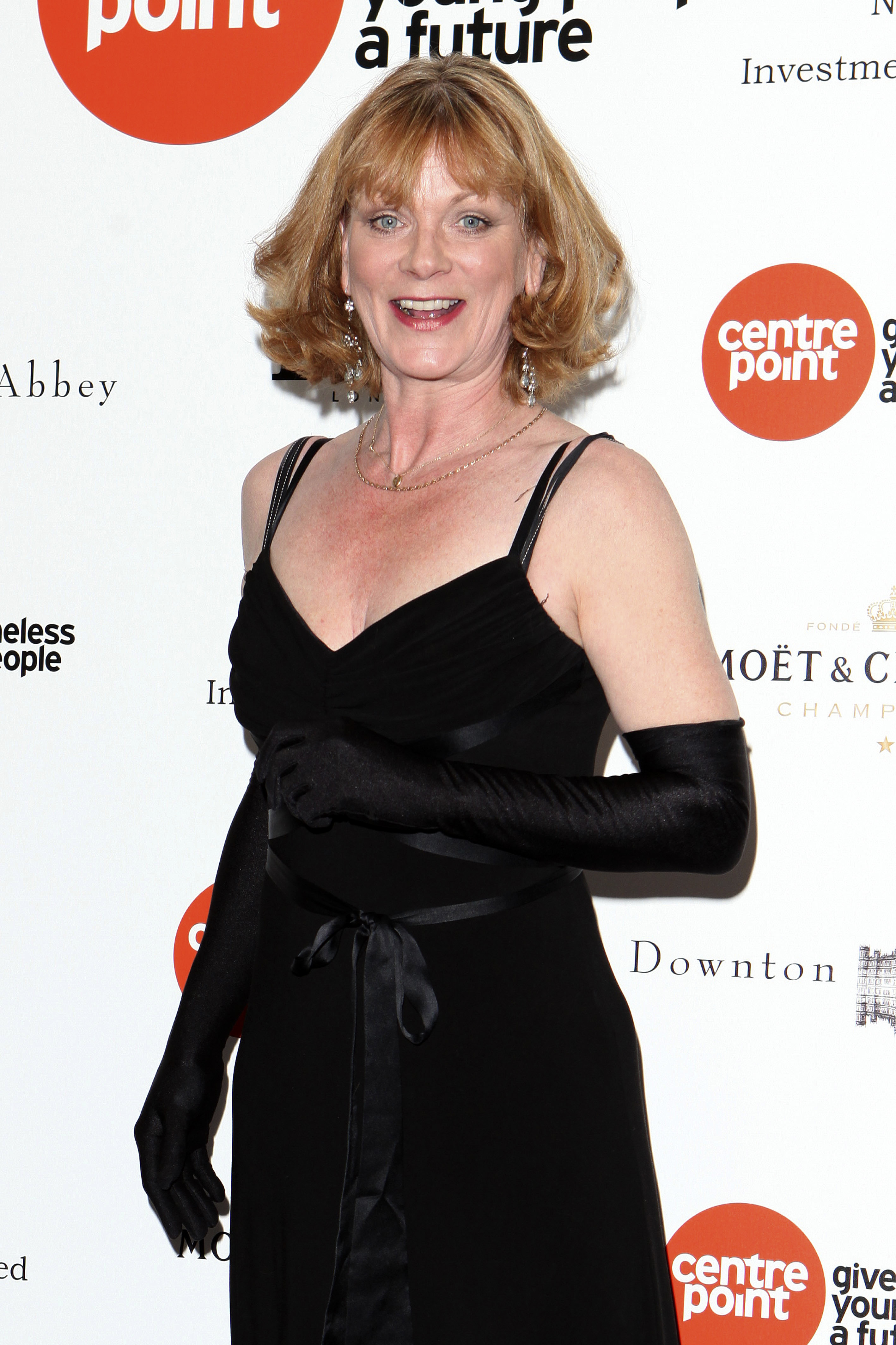 Home Fires Samantha Bond Frances Would Be At The Front