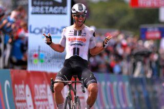 Sunweb's Michael Matthews wins the 2020 Bretagne Classic-Ouest France