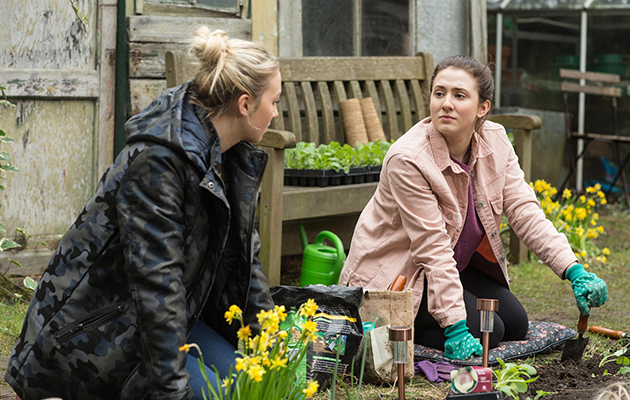 Louise Mitchell, Bex Fowler