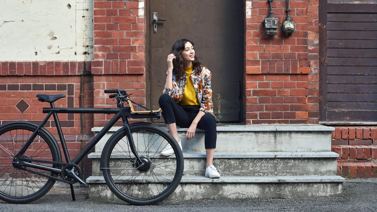 VanMoof is now pedalling bike subscriptions