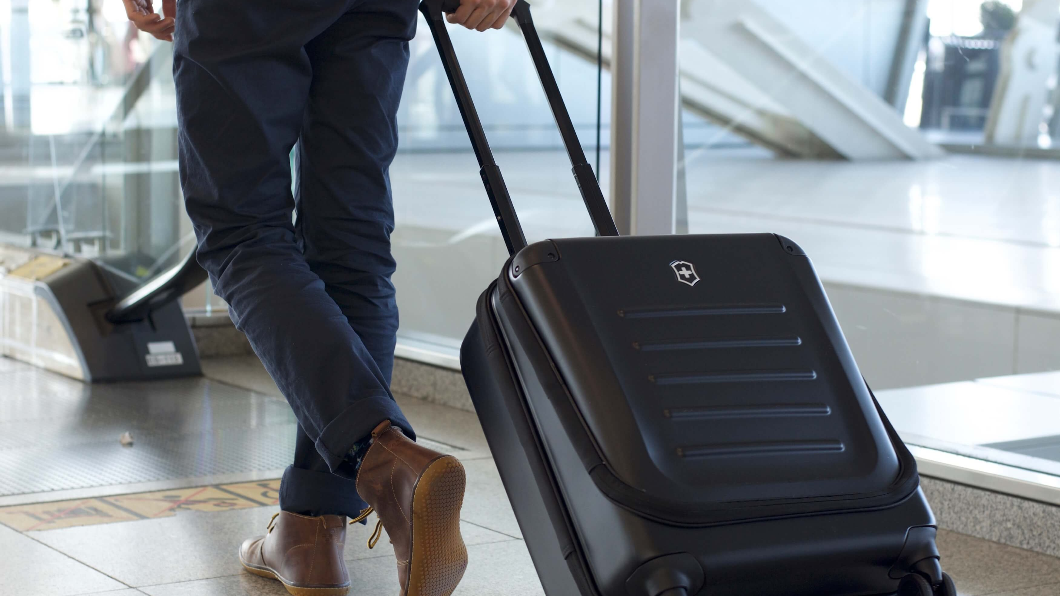 Best carry on luggage 2019  from premium business cabin luggage to cheap  lightweight cases dcae43bae31d5