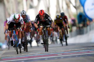 Caleb Ewan (Lotto Soudal) wins stage 5 at the Giro d'Italia