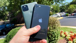 pixel 5a vs iphone se camera shoot out