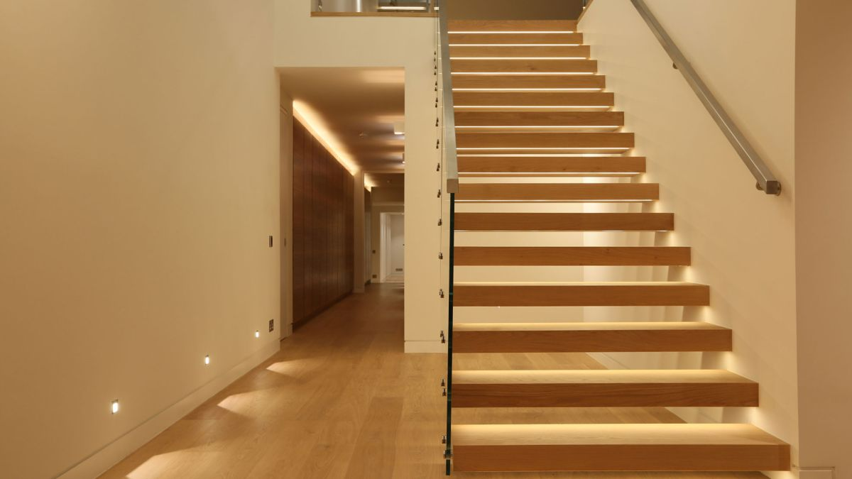 Lighting Basement Washroom Stairs: Staircase Lighting Design Ideas