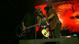 Dave Grohl, Duff McKagan, Slash