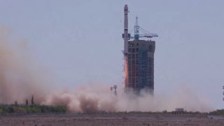 China Launches 5 New Earth Observation Satellites into Orbit (Video)
