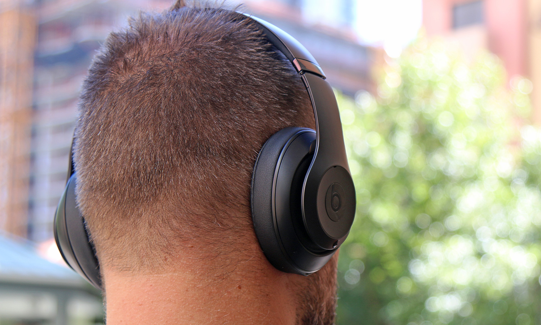 Melhores fones de ouvido com cancelamento de ruído baratos: Beats Studio3 Wireless