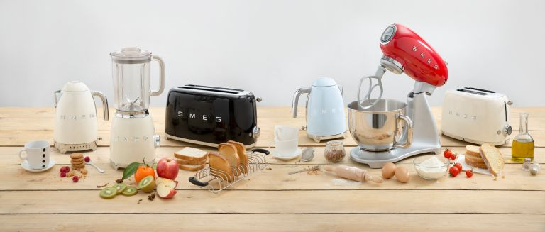 Smeg kettle: Smeg products on kitchen worktop