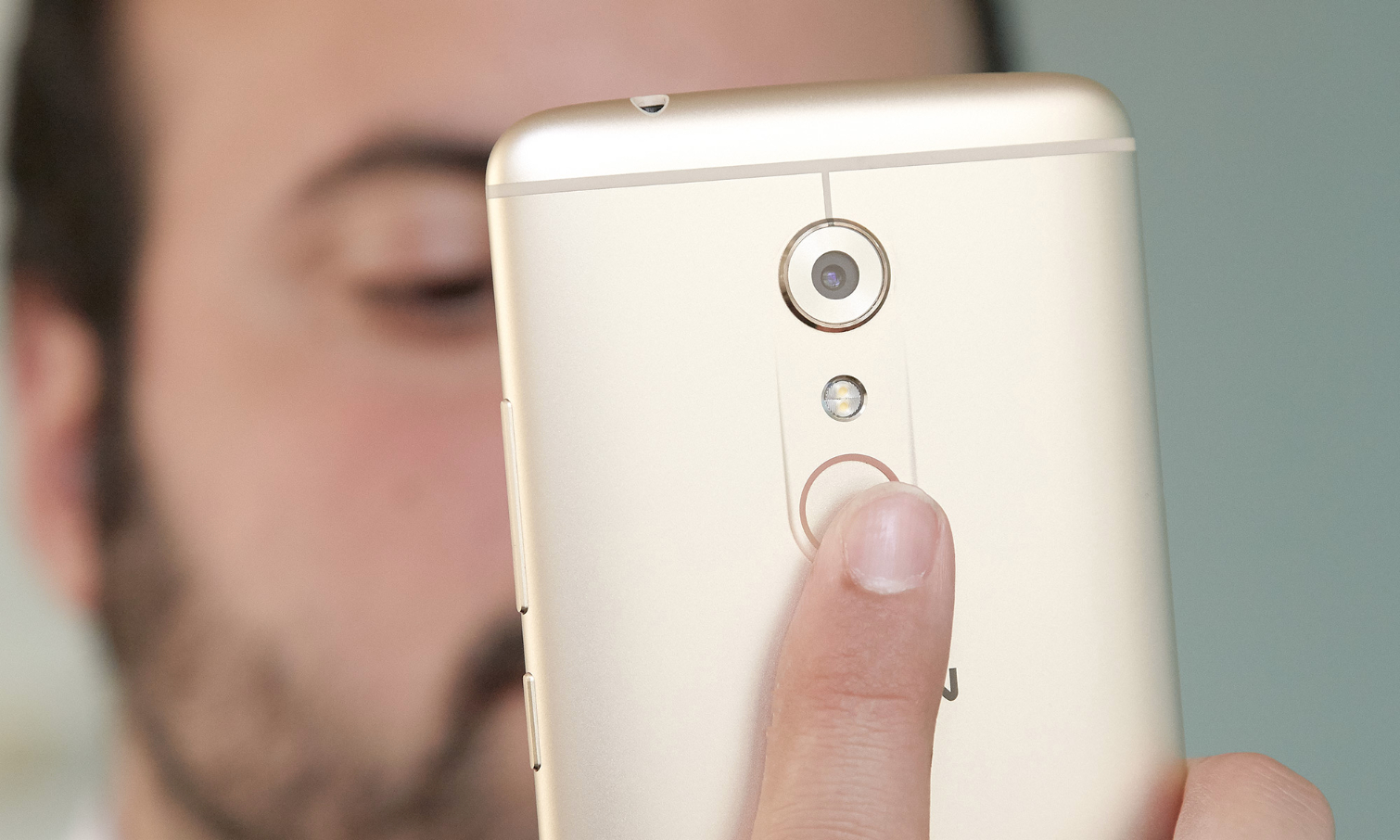 ZTE Axon 7 Review: Affordable Flagship Greatness | Tom's Guide