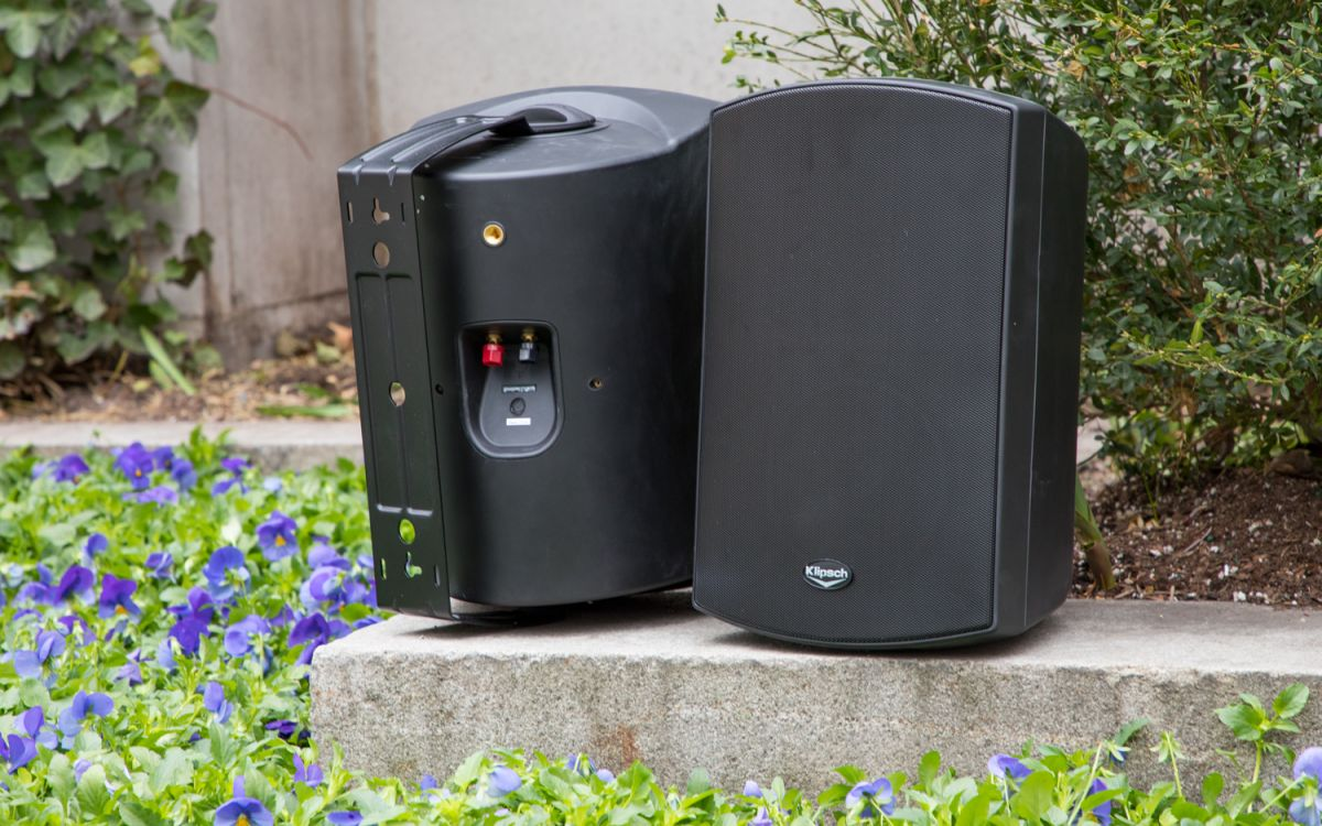 Best Outdoor Speakers (2019) for Decks, Gardens and Patios
