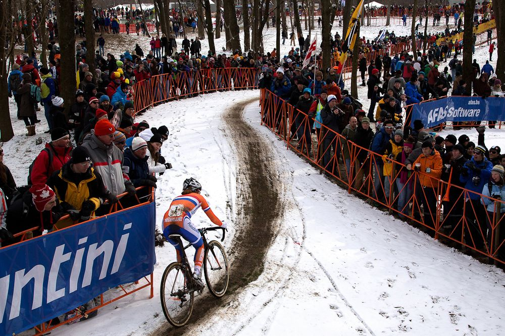 UCI announces 14 of 16 rounds for 2021 22 Cyclo cross World Cup
