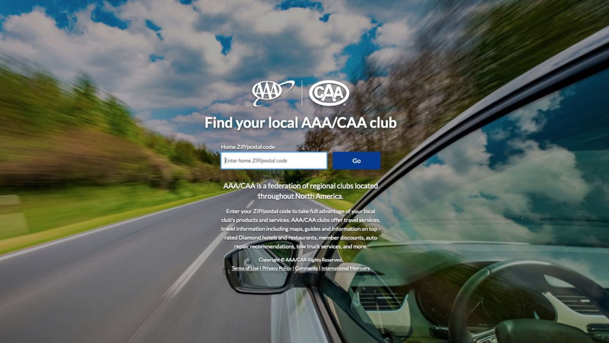 Best Roadside Assistance Plans 2019 - AAA vs  AARP vs  Allstate