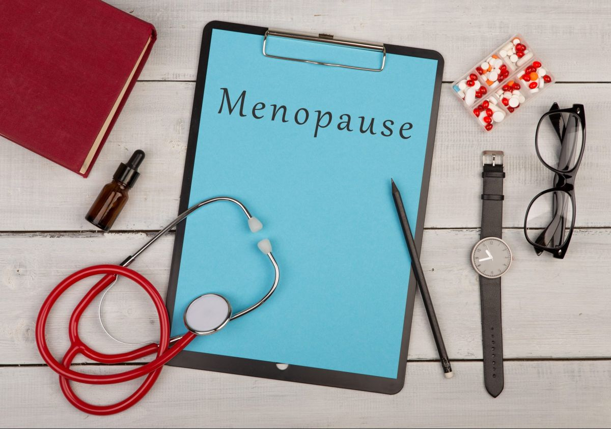 Follow this complete guide for women experiencing the menopause