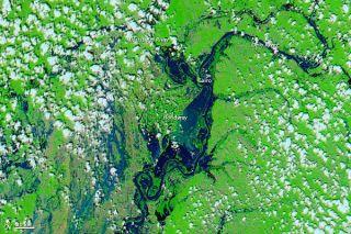 mississippi river flooding satellite photo
