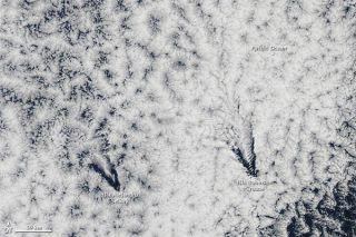 clouds-juan-fernandez-110531-02