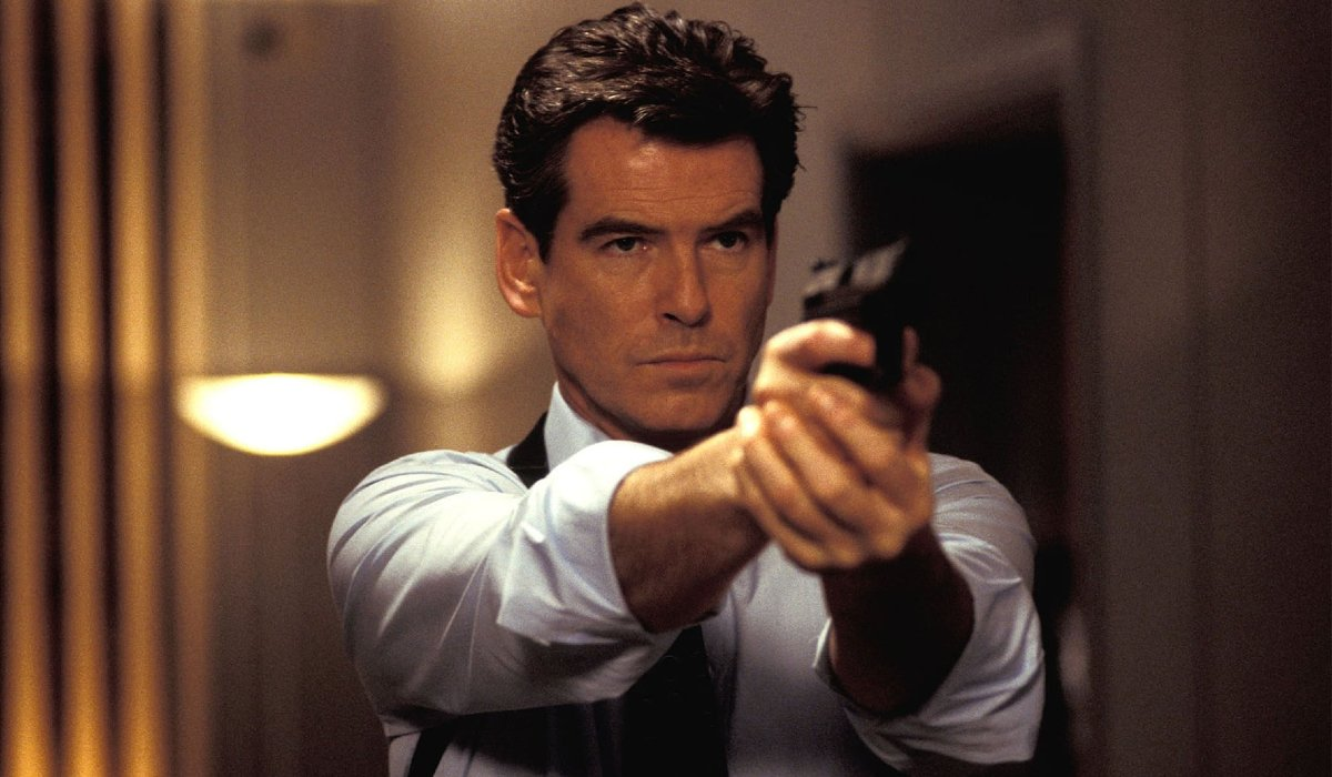 Die Another Day James Bond aims his gun