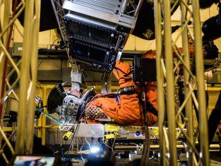 Orion Spacecraft Launch Simulation