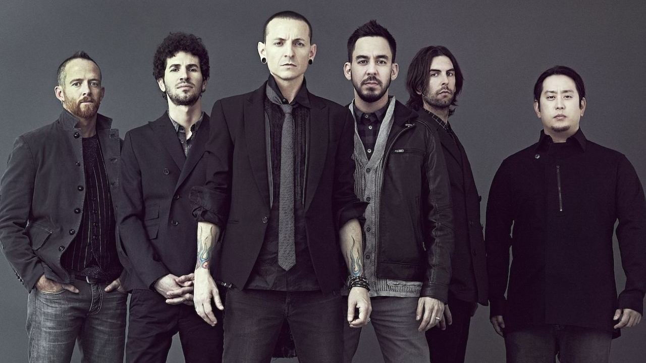 Woman uses Linkin Park lyrics to stop a suicidal man from