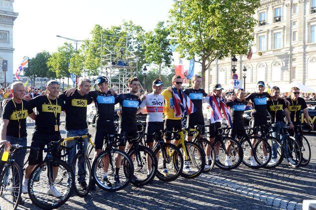 Team Sky celebrate, Tour de France 2012, stage 20