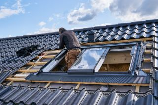 installation of a roof window