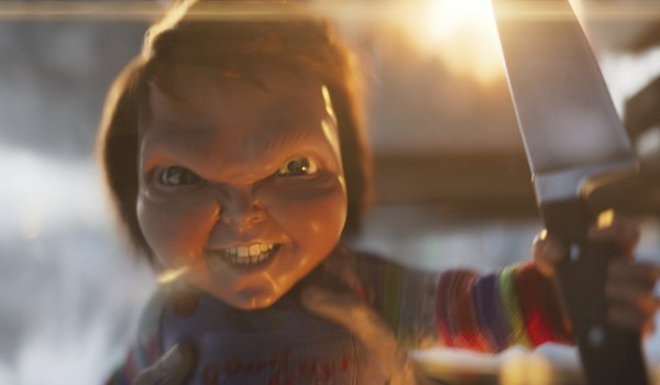 Ready Player One Chucky grinning maniacally with a knife