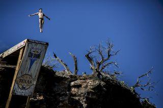 Red Bull Cliff Diving World Series - Steven LoBue
