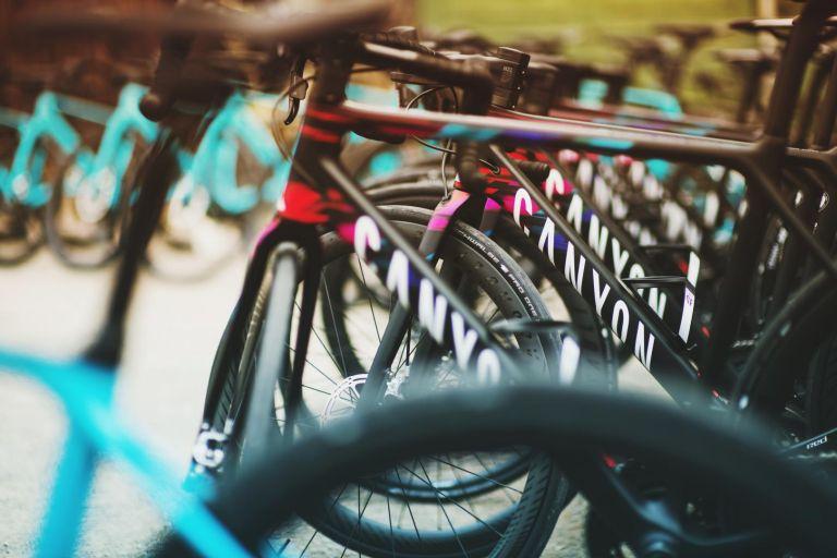 Canyon WMN road bike