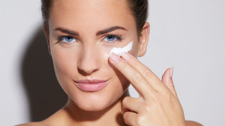 why your moisturiser isn't working