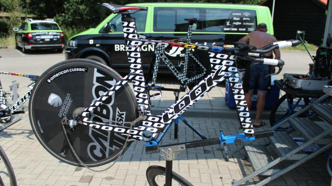Look's new 796 time trial bike for team Bretagne-Seche is an eye-catcher