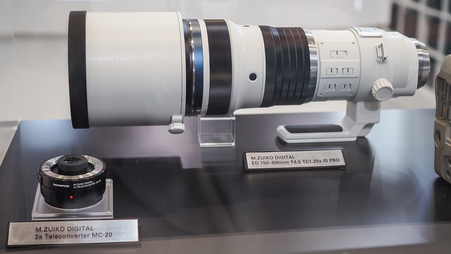 TPS 2019: Olympus 150-400mm f/4.5 Pro + MC-20 converter deliver 2000mm range