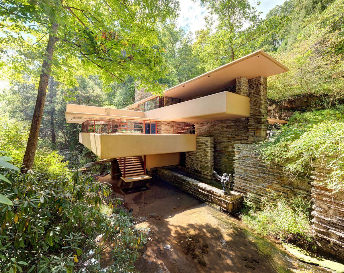 A look at Frank Lloyd Wright's architectural masterpiece Fallingwater
