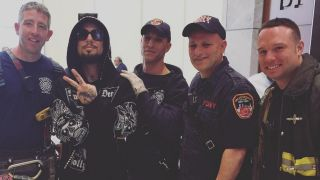 Dave Navarro and firefighters who rescued him from lift