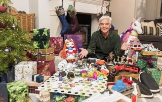 How to Spend it Well at Christmas - shows Phillip Schofield