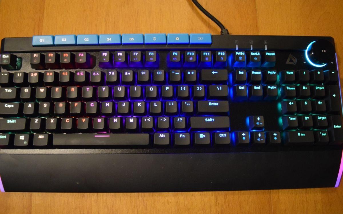 Aukey KM-G17 Gaming Keyboard Review: Budget Behemoth