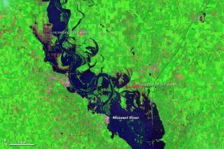 flooding-nebraska-110803-02