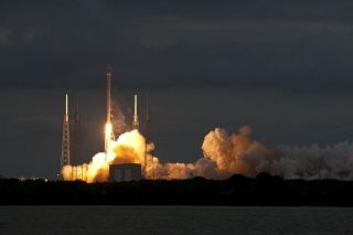 SpaceX Launches Telecom Satellite, Jan. 6, 2014