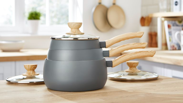 Tower Scandi 3 Piece Saucepan Set review