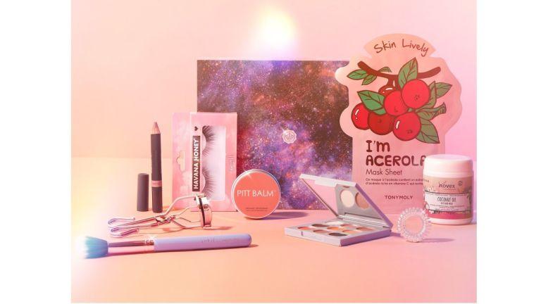 Glossybox Black Friday box products