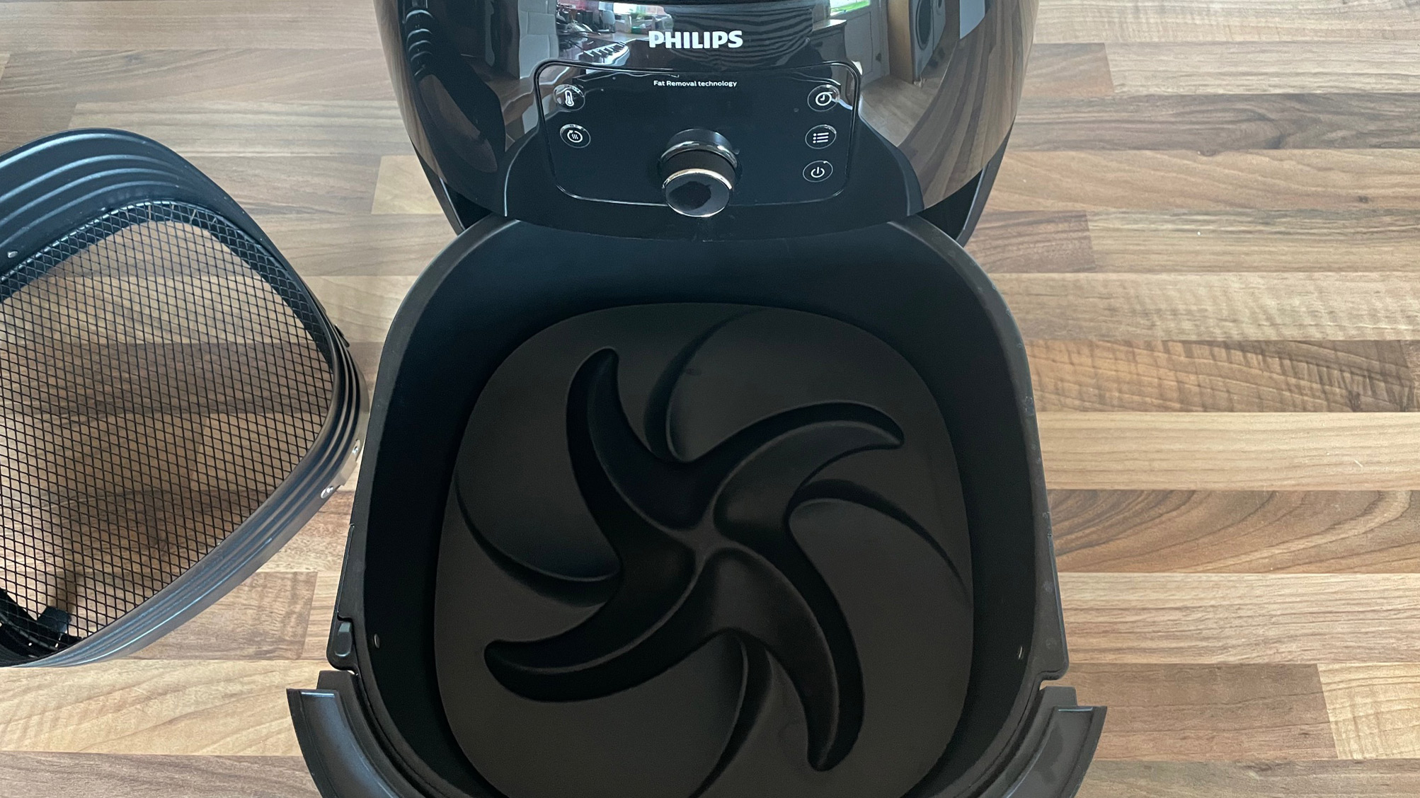 The fat trapper of the Philips Airfryer XXL HD9650/99 air fryer