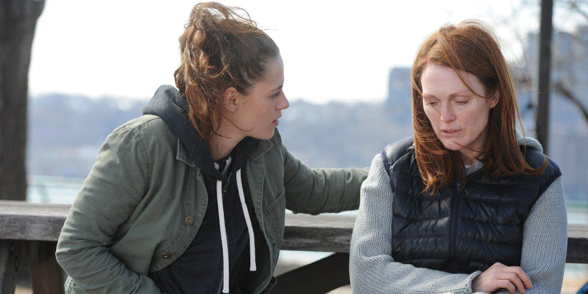 Kristen Stewart and Julianne Moore in Still Alice