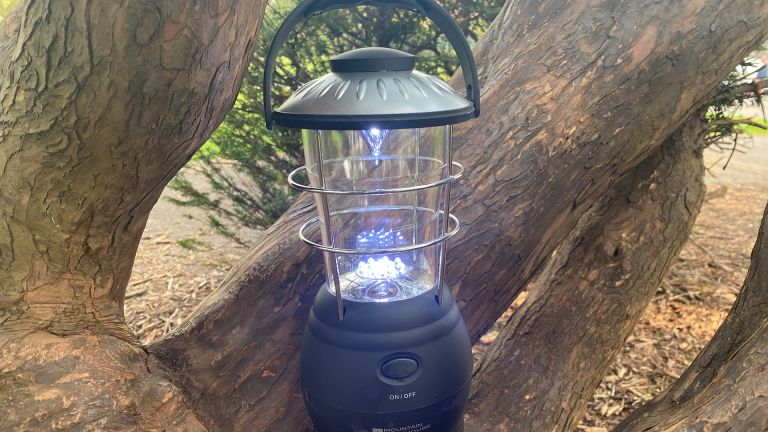 Mountain Warehouse Wind Up camping lantern review
