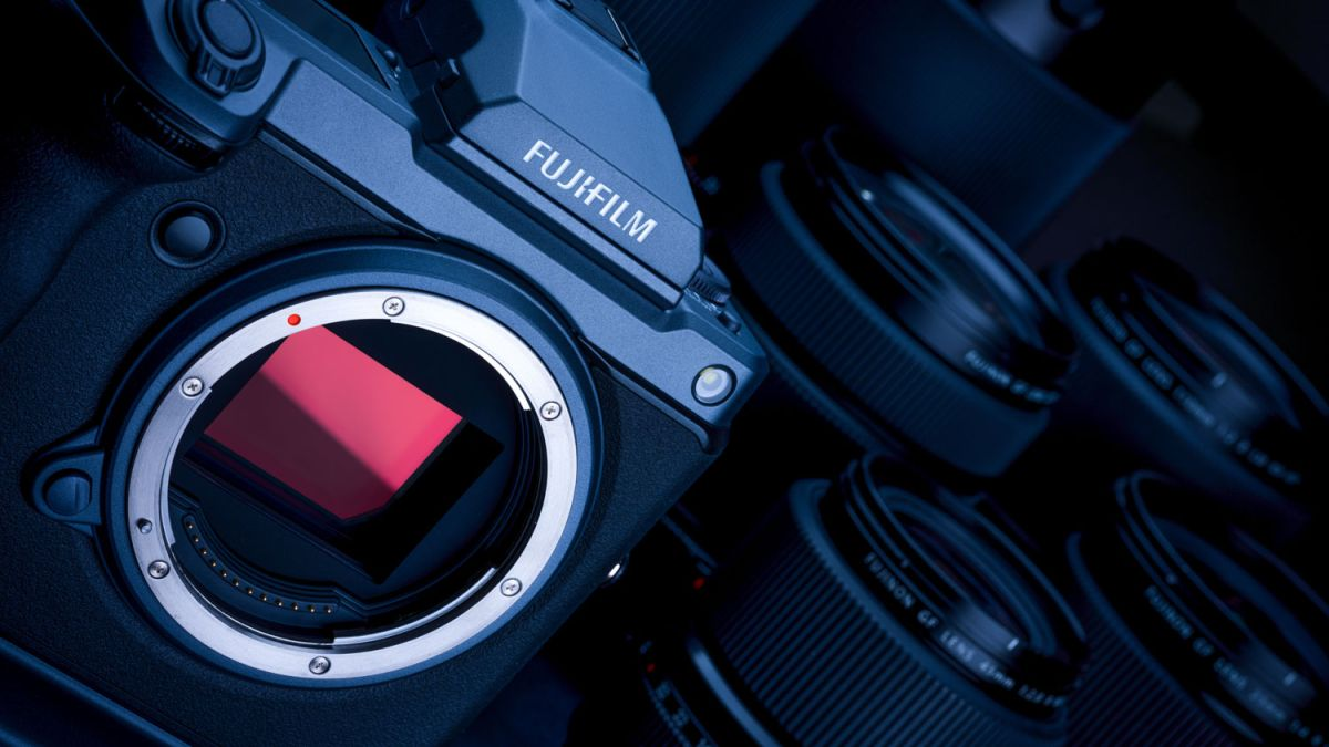 Fujifilm turns its GFX 100 camera into a 400 megapixel beast!