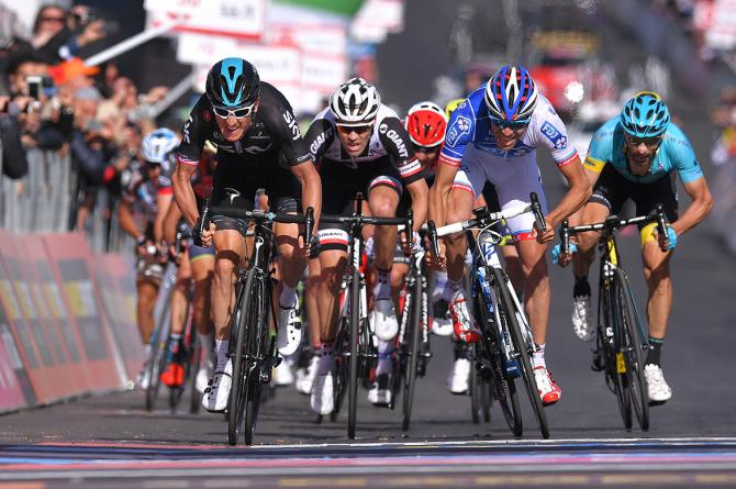 Geraint Thomas pipped Thibaut Pinot for third place on the Giro's fourth stage.