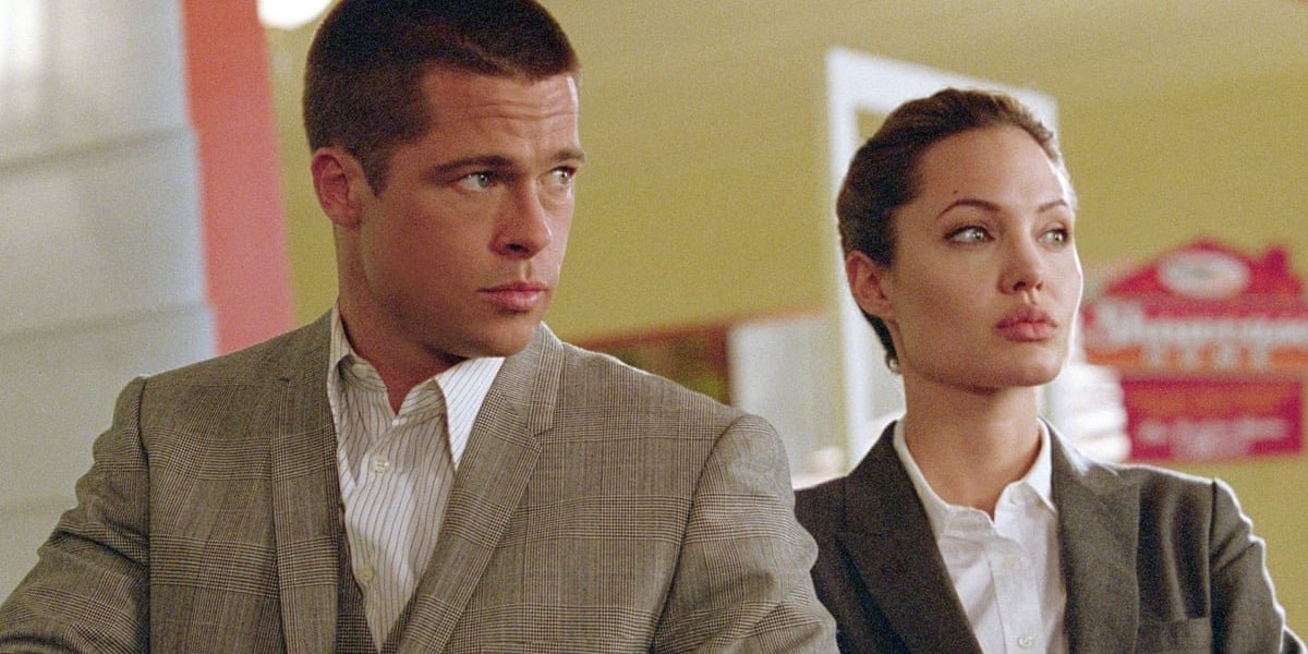 Brad Pitt and Angelina Jolie in Mr and Mrs. Smith