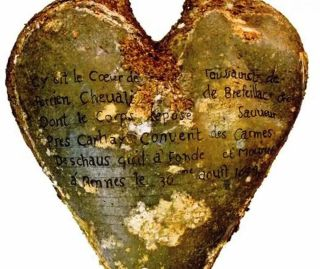 Heart-Shaped Urn - Knight of Brefeillac
